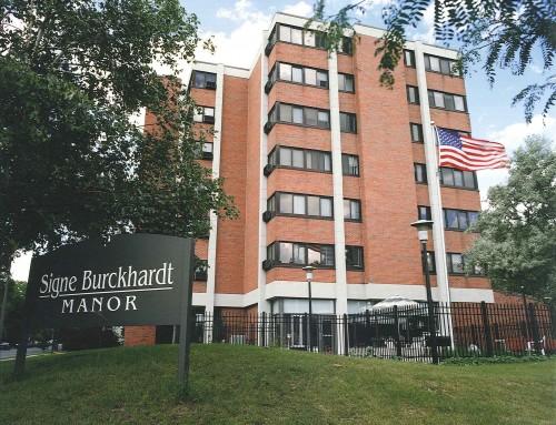 Signe Burckhardt Manor (AL) (S)